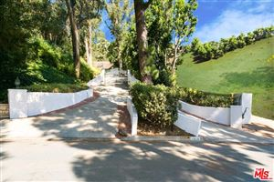 Photo of 1242 LAGO VISTA Drive, Beverly Hills, CA 90210 (MLS # 19481840)