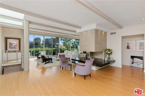 Photo of 8981 ST IVES Drive, Los Angeles , CA 90069 (MLS # 20545842)