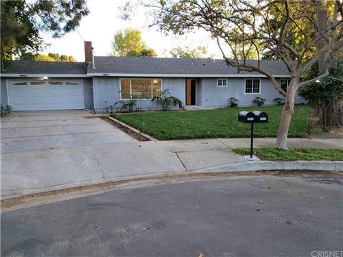 Photo of 18924 BAHAMA Street, Northridge, CA 91324 (MLS # SR19267842)