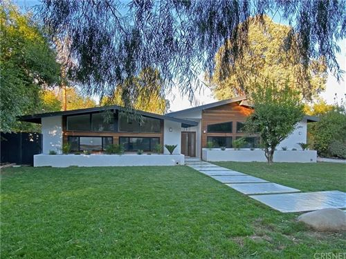 Photo of 23283 ERWIN Street, Woodland Hills, CA 91367 (MLS # SR19270846)