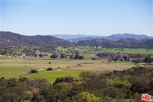 Photo of 1688 HIDDEN VALLEY Road, Thousand Oaks, CA 91361 (MLS # 18394850)