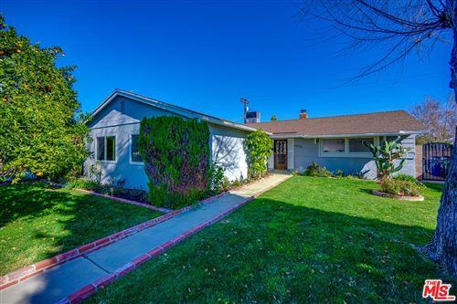 Photo of 7410 SHOUP Avenue, Canoga Park, CA 91307 (MLS # 20546852)