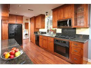 Photo of 22732 CLARENDON Street, Woodland Hills, CA 91367 (MLS # SR18054852)