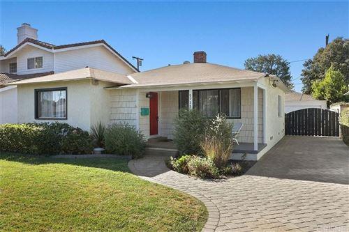 Photo of 5735 BURNET Avenue, Sherman Oaks, CA 91411 (MLS # SR19247853)
