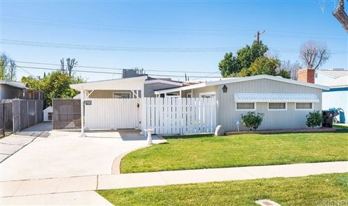 Photo of 7831 PEACHTREE Avenue, Panorama City, CA 91402 (MLS # SR20031853)