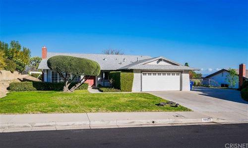 Photo of 10522 VANALDEN Avenue, PORTER RANCH, CA 91326 (MLS # SR20032853)