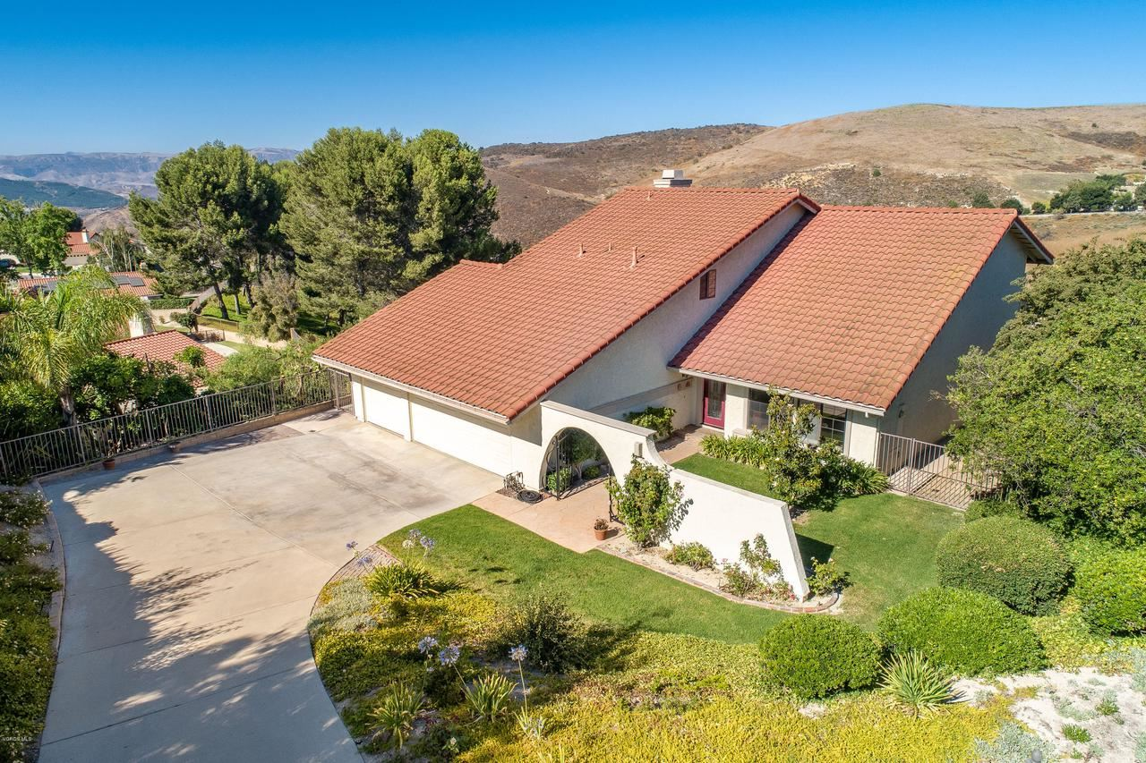 Photo for 1981 CUMULUS Court, Thousand Oaks, CA 91362 (MLS # 219009853)