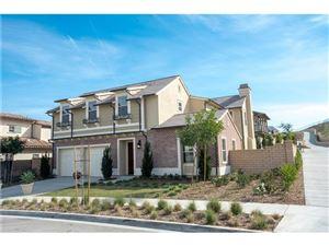 Photo of 114 MAYFLOWER Street, Thousand Oaks, CA 91360 (MLS # SR18024854)