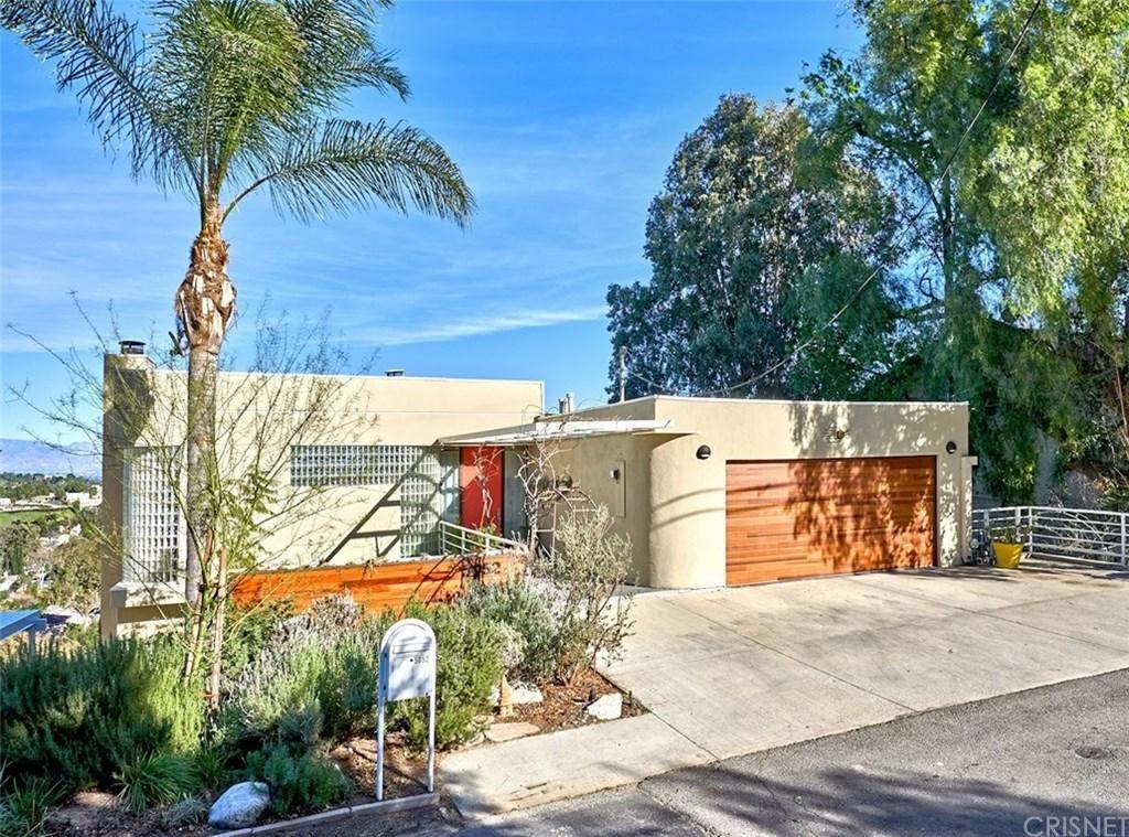 Photo of 5052 MEDINA Road, Woodland Hills, CA 91364 (MLS # SR20027855)