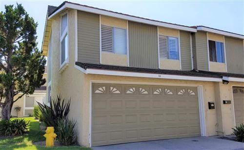 Photo of 10 BAHIA Circle, Santa Paula, CA 93060 (MLS # 219011856)