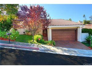 Photo of 5259 CALDERON Road, Woodland Hills, CA 91364 (MLS # SR17259856)