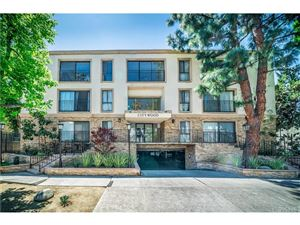 Photo of 15344 WEDDINGTON Street #303, Sherman Oaks, CA 91411 (MLS # SR19084856)