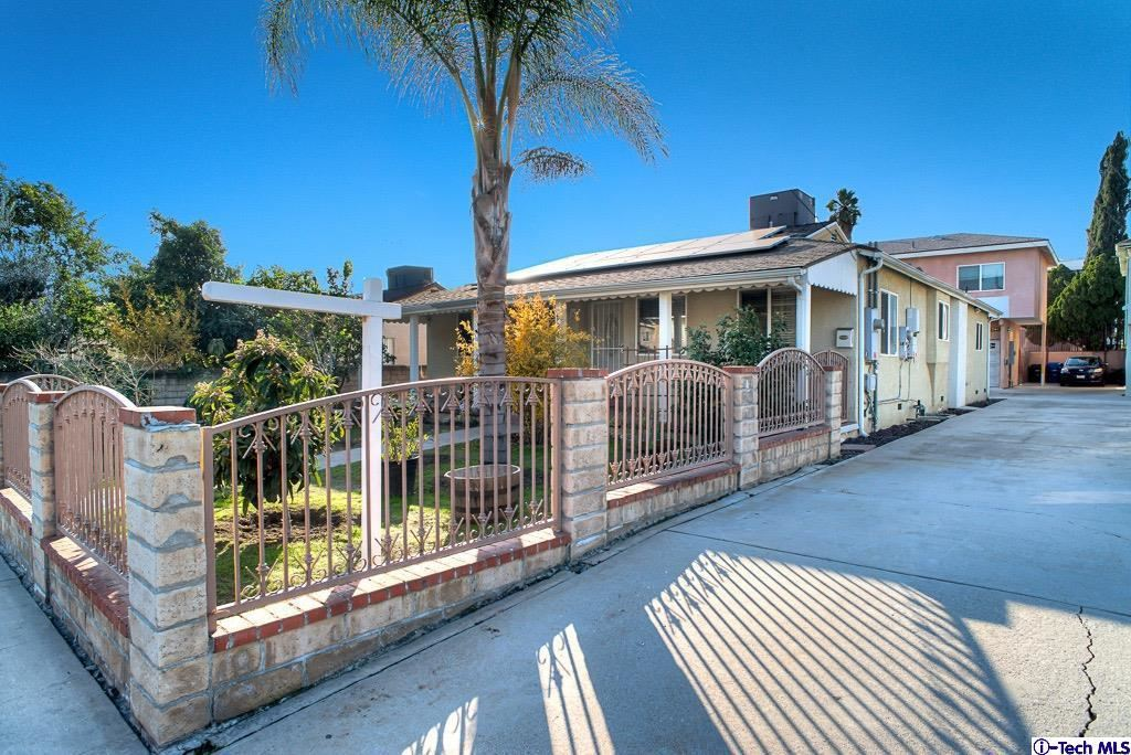 Photo of 5247 AUCKLAND Avenue, North Hollywood, CA 91601 (MLS # 319004860)