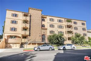 Photo of 5057 MAPLEWOOD Avenue #202, Los Angeles , CA 90004 (MLS # 18301862)