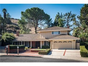 Photo of 172 West JANSS Circle, Thousand Oaks, CA 91360 (MLS # SR18274863)