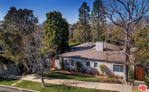 Photo of 611 LAS LOMAS Avenue, Pacific Palisades, CA 90272 (MLS # 20560866)