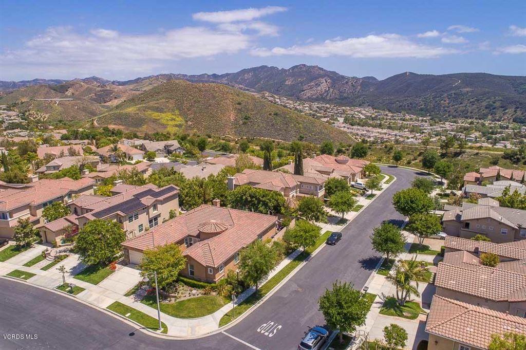 Photo for 3176 EAGLEWOOD Avenue, Thousand Oaks, CA 91362 (MLS # 218005866)