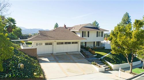 Photo of 1952 RAYSHIRE Street, Thousand Oaks, CA 91362 (MLS # 220000868)
