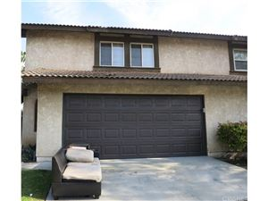 Photo of 809 ROSEWOOD Drive, Oxnard, CA 93030 (MLS # SR18291869)