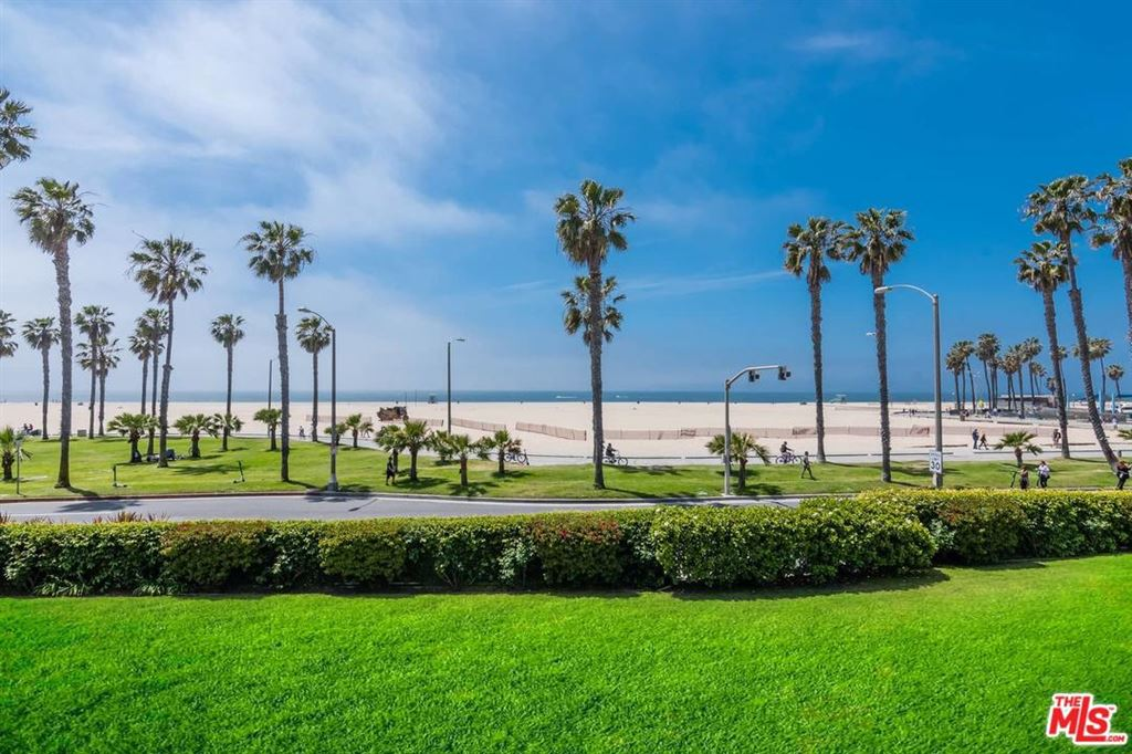 17 SEA COLONY Drive, Santa Monica, CA 90405 - #: 19492874