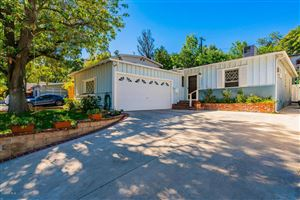 Photo of 5223 TENDILLA Avenue, Woodland Hills, CA 91364 (MLS # 218012876)