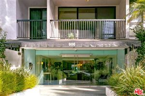 Photo of 906 North DOHENY Drive #302, West Hollywood, CA 90069 (MLS # 19431878)