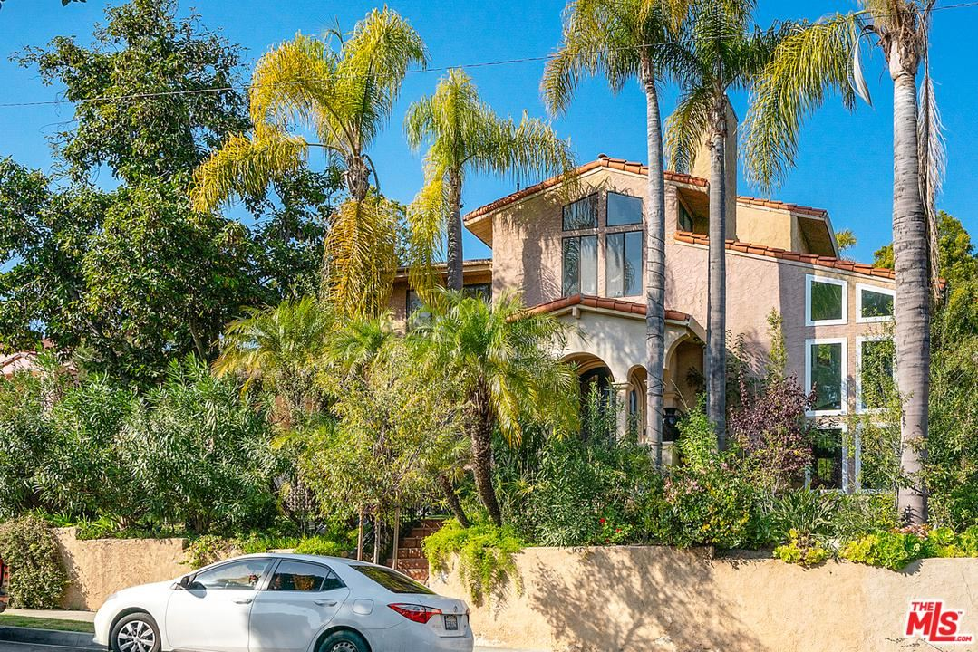 Photo of 2223 MARINE Street, Santa Monica, CA 90405 (MLS # 20544878)
