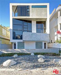 Photo of 21 QUARTERDECK Street #2, Marina Del Rey, CA 90292 (MLS # 18340880)