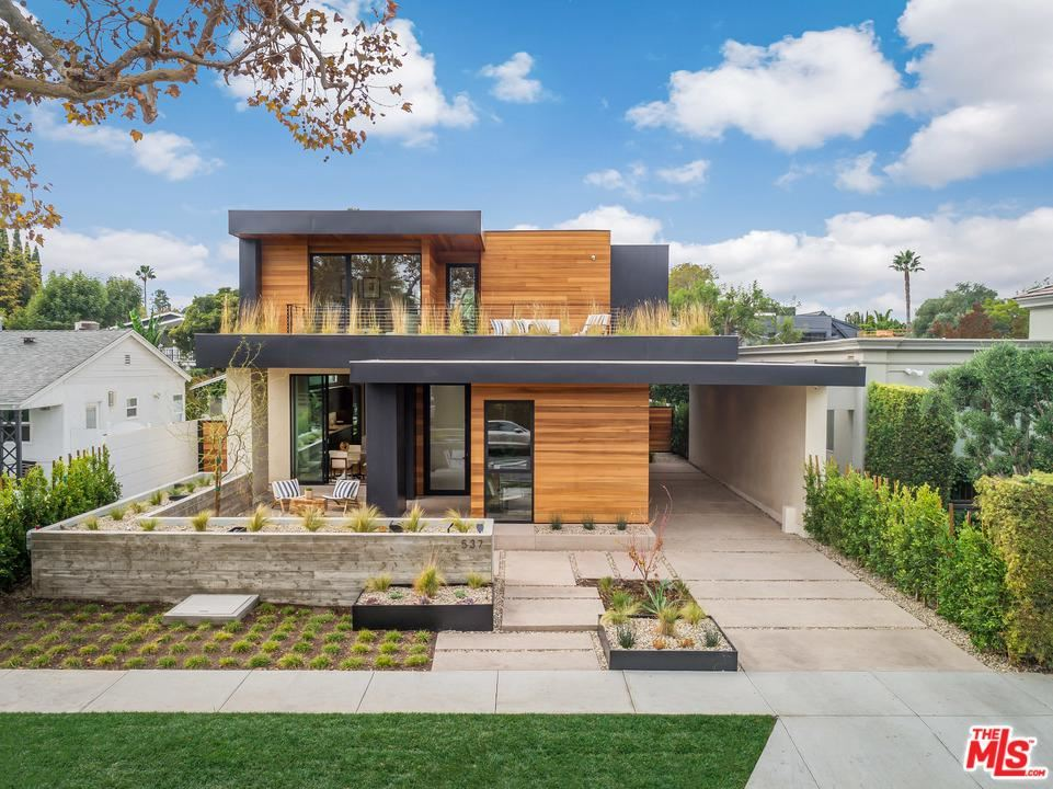 Photo of 537 HUNTLEY Drive, West Hollywood, CA 90048 (MLS # 20539880)
