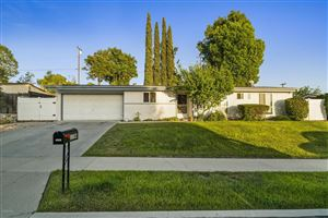 Photo of 1194 BURTONWOOD Avenue, Thousand Oaks, CA 91360 (MLS # 219004881)