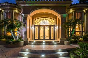 Photo of 4555 WINNETKA Avenue, Woodland Hills, CA 91364 (MLS # 218012883)