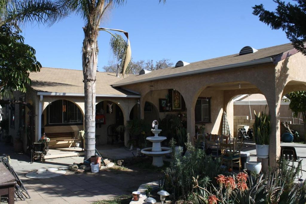Photo for 1304 HIGH Street, Santa Paula, CA 93060 (MLS # 218001883)