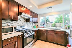 Photo of 18219 MINNEHAHA Street, Northridge, CA 91326 (MLS # 18346886)