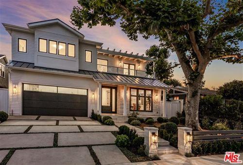 Photo of 531 ARBRAMAR Avenue, Pacific Palisades, CA 90272 (MLS # 20540886)