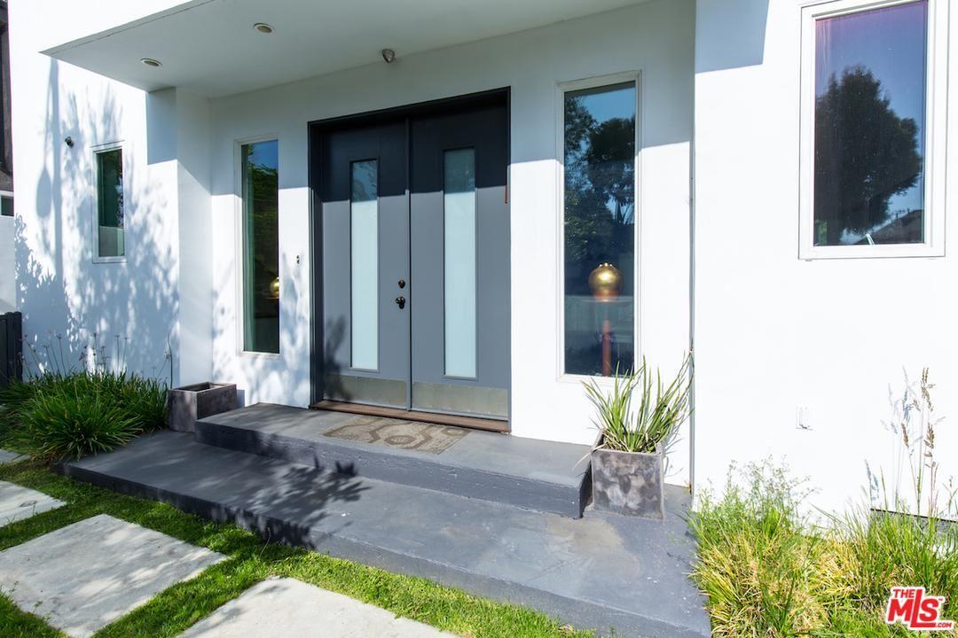 Photo of 1336 North FAIRFAX Avenue, West Hollywood, CA 90046 (MLS # 20553886)