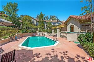 Photo of 614 WARWICK Avenue, Thousand Oaks, CA 91360 (MLS # 19496888)