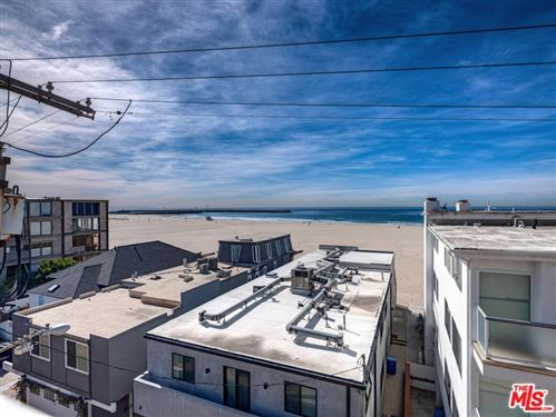 Photo of 16 QUARTERDECK Street #302, Marina Del Rey, CA 90292 (MLS # 20552890)