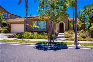 Photo of 13170 SHADOW WOOD Place, Moorpark, CA 93021 (MLS # 218008890)