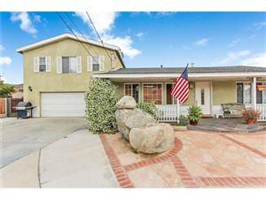 Photo of 10922 OLINDA Street, Sun Valley, CA 91352 (MLS # SR18127890)