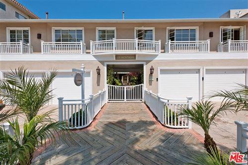 Photo of 135 MONTANA Avenue #1Bed1Bath, Santa Monica, CA 90403 (MLS # 12594891)
