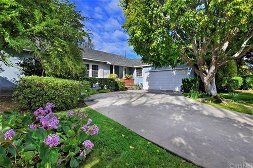 Photo of 4933 EDGERTON Avenue, Encino, CA 91436 (MLS # SR20029891)