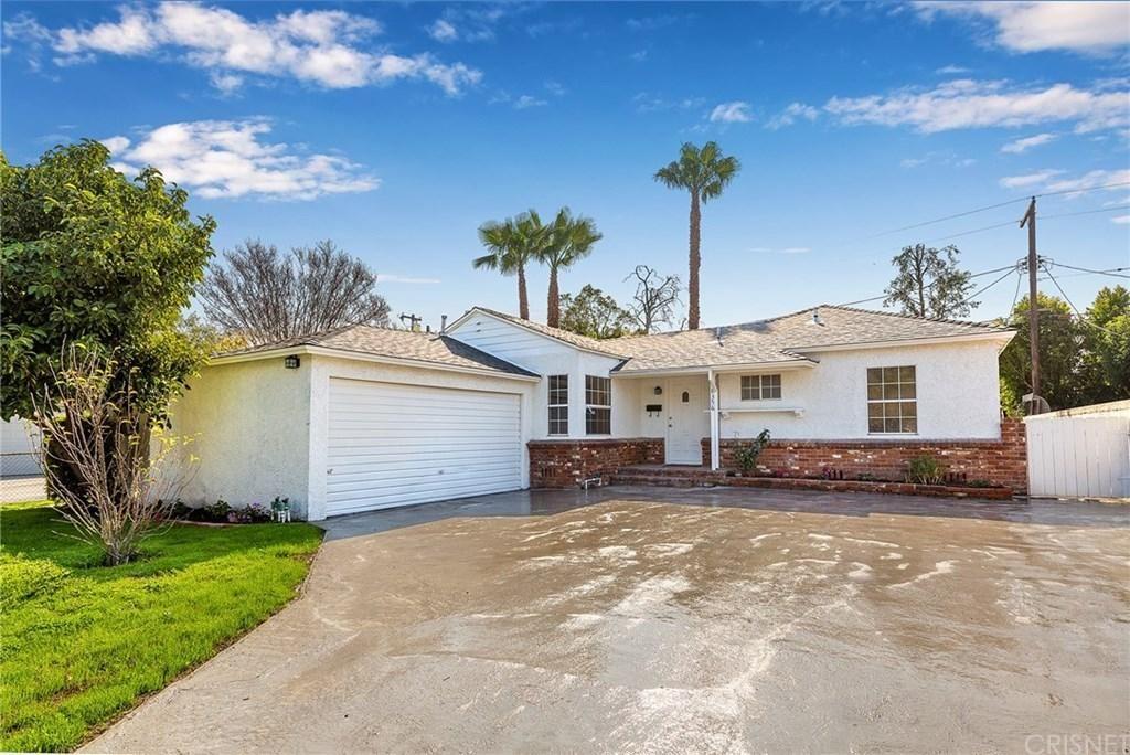 Photo of 18356 FRIAR Street, Tarzana, CA 91335 (MLS # SR20037896)