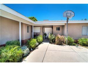 Photo of 5733 DONNA Avenue, Tarzana, CA 91356 (MLS # SR18269898)