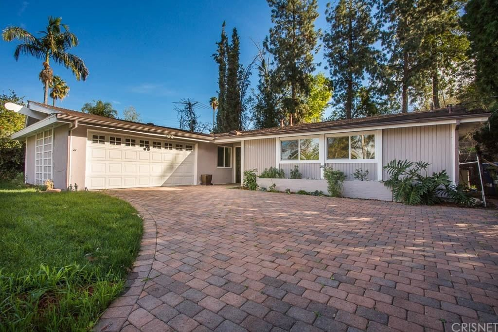 Photo for 20408 COULSON Street, Woodland Hills, CA 91367 (MLS # SR18028899)