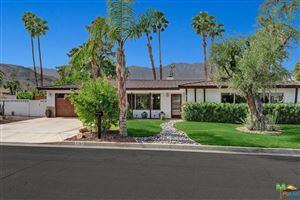 Photo of 2263 South BOBOLINK Lane, Palm Springs, CA 92264 (MLS # 17283148PS)