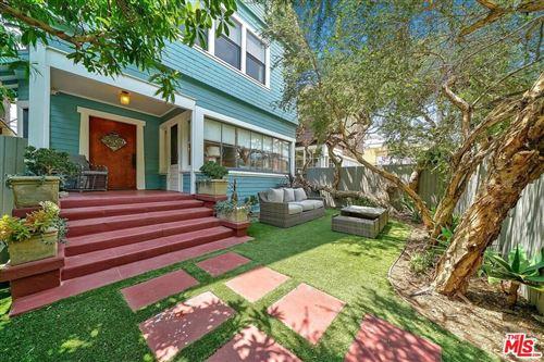 Photo of 18 HORIZON Avenue, Venice, CA 90291 (MLS # 19508900)