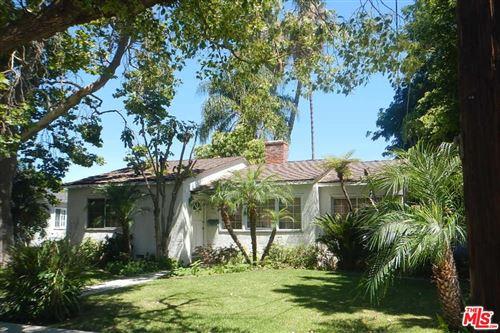 Photo of 15473 LA MAIDA Street, Sherman Oaks, CA 91403 (MLS # 19522900)