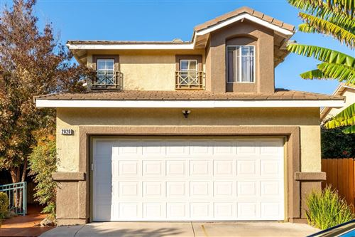 Photo of 2020 VERACRUZ Lane, Oxnard, CA 93036 (MLS # 220001903)