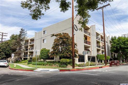 Photo of 1236 North COLUMBUS Avenue #13, Glendale, CA 91202 (MLS # 319004909)