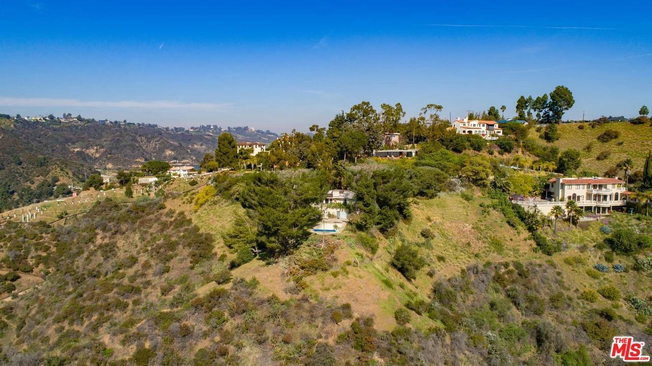 Photo of 1785 BEL AIR Road, Los Angeles , CA 90077 (MLS # 20556910)